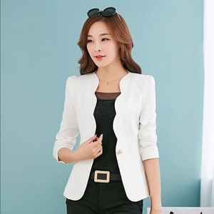 Jackets & Blazers - NEW White Scallop One Button Blazer Jacket